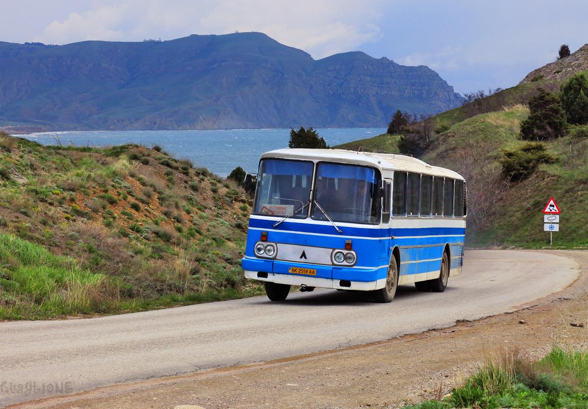 Автобусы в крыму картинки